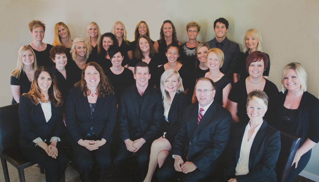 lincoln family dentistry group photo